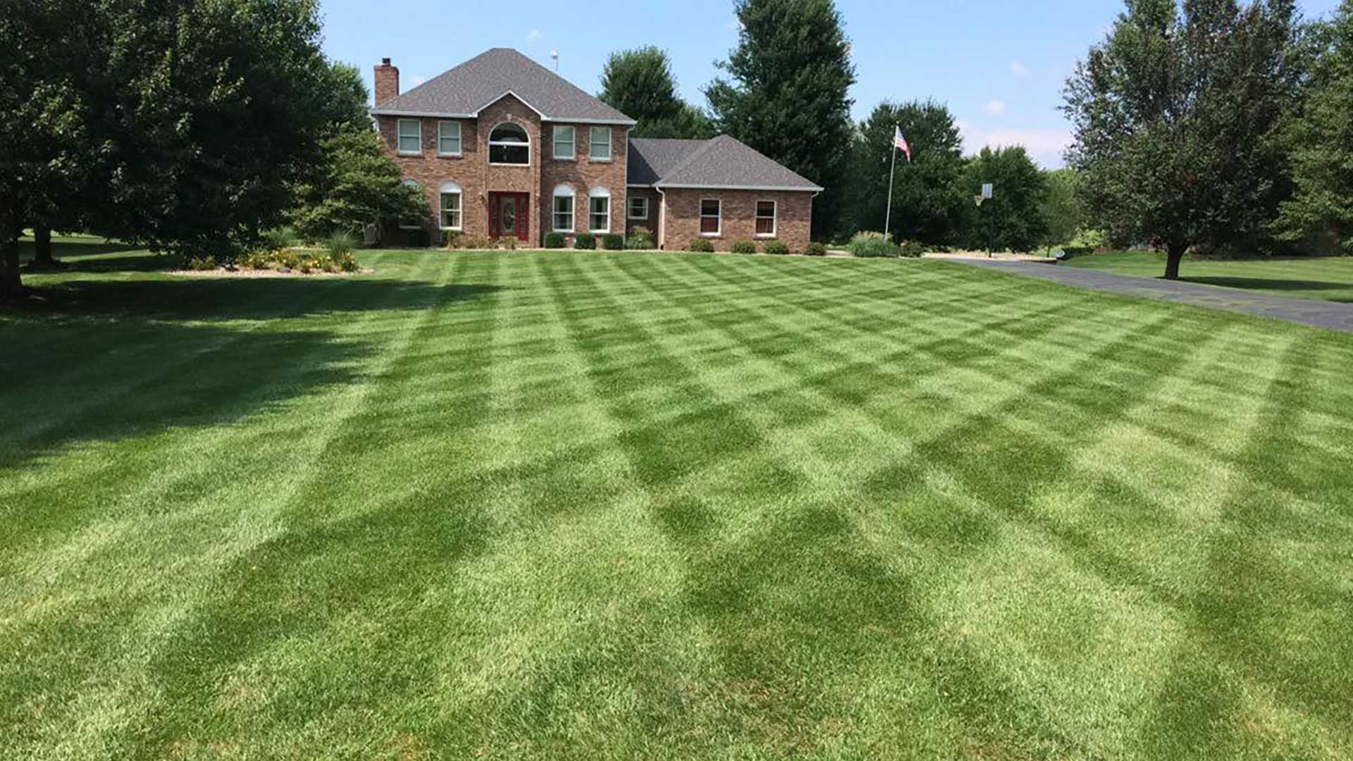 This lawn in Columbia, IL gets properly mowed each week by our staff.