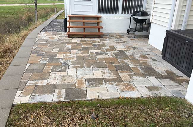 Pricing for retaining walls and paver patios in the Millstadt, IL area.